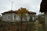 Old house with a large yard in the village of Sokolovo 6 km from Balchik and the sea and 35 km from Varna.